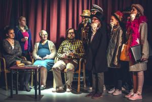 Vasemmalta: Aada-Maria Vainio, Nina Oxman, Reetta Isotupa-Siltanen, Juha Siltanen, Senni Mäki, Laura Liimula, Tekla Sitanen, Seela Moilanen, Mailis Toivanen